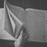 【悲報】速読、意味なかった。心理学者「速読は誇張。理解力が落ちる」