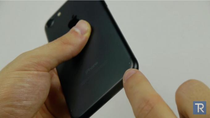 iphone7-drop_test-techrax2