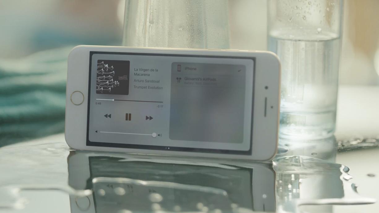 Apple、iPhone7のCM「Dive」を公開!ステレオスピーカーと防水機能に注目